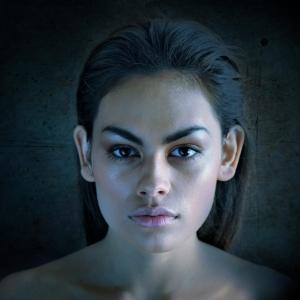 Эффекты Photoshop: как имитировать студийное освещение для создания стильных портретов | Ретушь портретов | Урок #200706