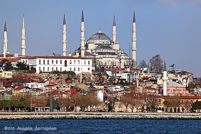 Мечеть Ахмедие с моря
