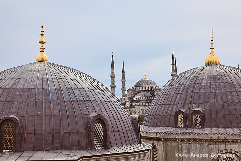Купола храма в Стамбуле