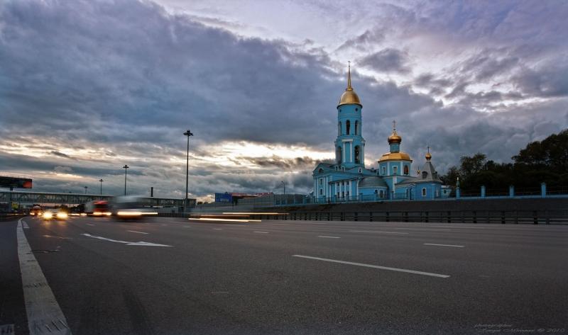 Ярославское шоссе. Вечер.