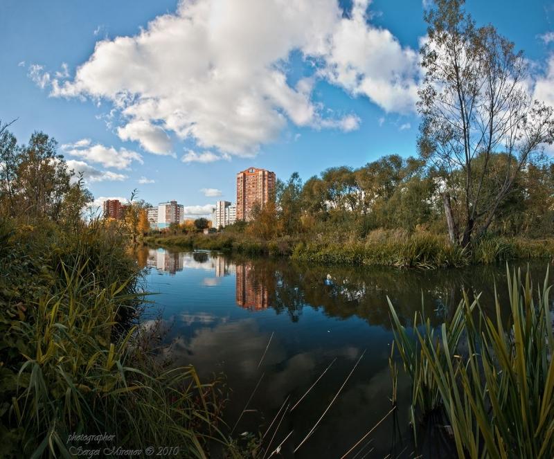 река Яуза и вид на Мытищи