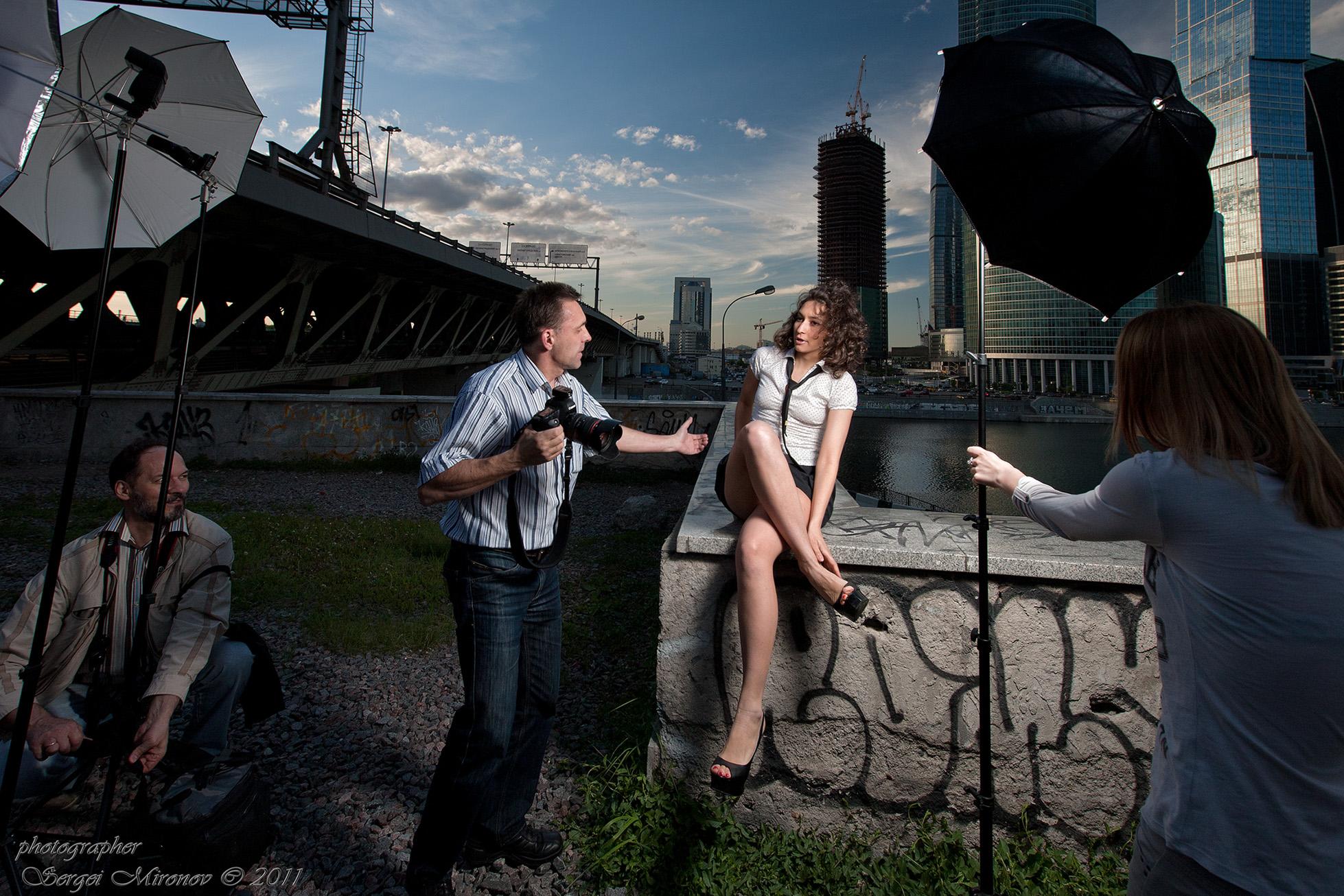 обратить фотосессия в москве с друзьями недорого модели украшаются кисточками