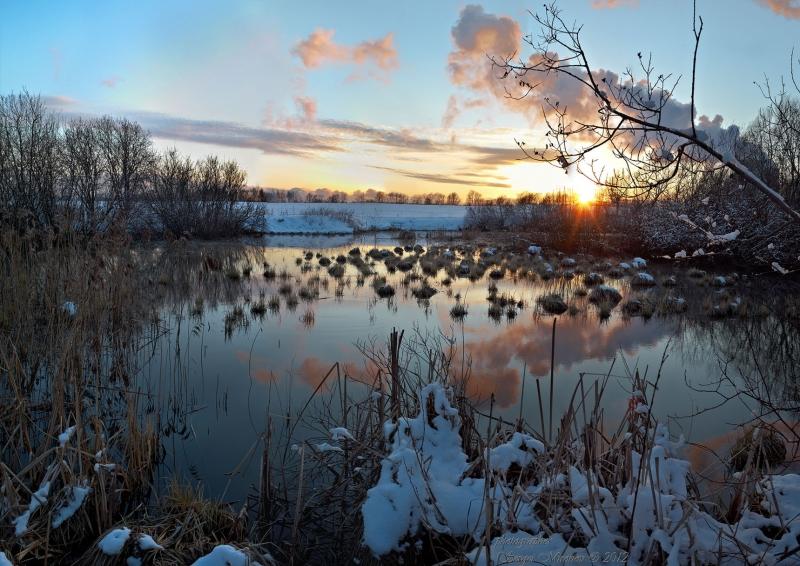 мартовский закат на реке Сукромка