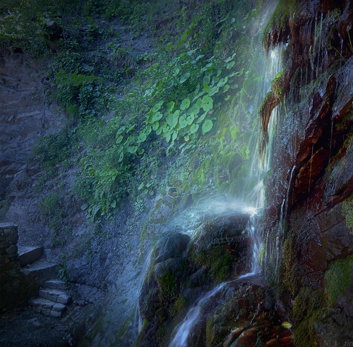 Ночь у Водопада