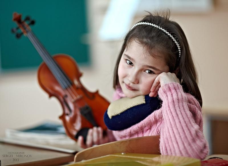 девочка и скрипка