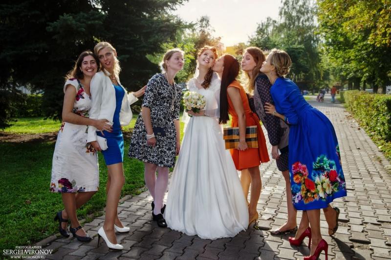невеста и её подруги