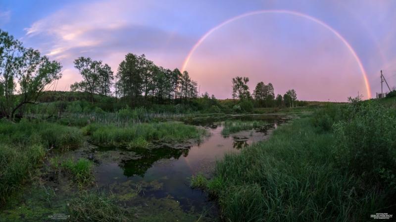 закат и радуга у пруда в деревне Петрово Ступинского района