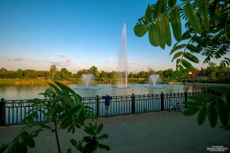 фонтаны на закате в г.Мытищи