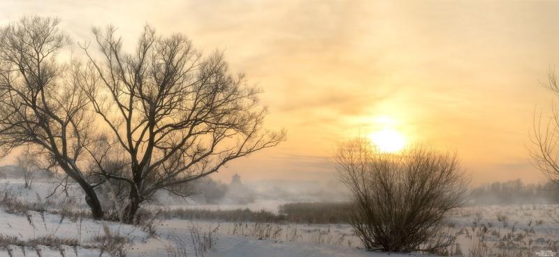 закатный вид морозного дня