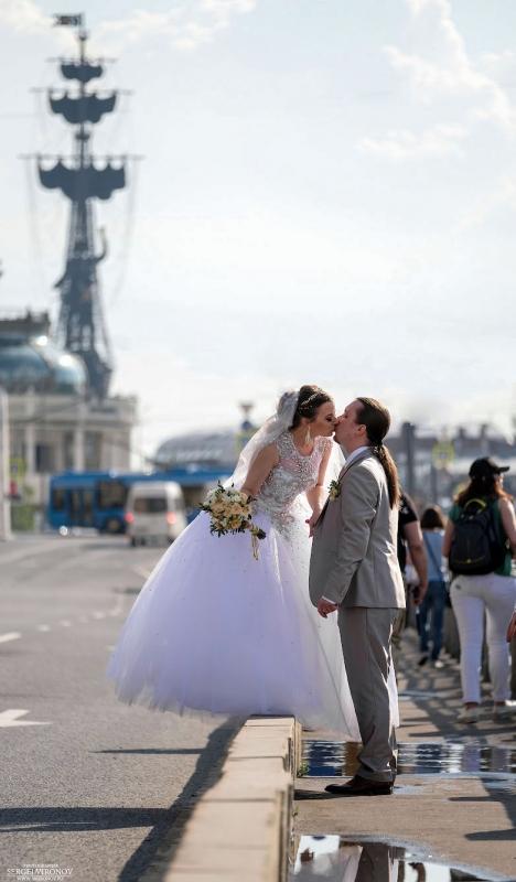 на московских улицах...