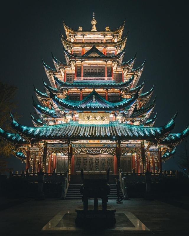 Tristan Zhou: магия и красота Китая. |  INSPIDER | Статья | Текст #204029