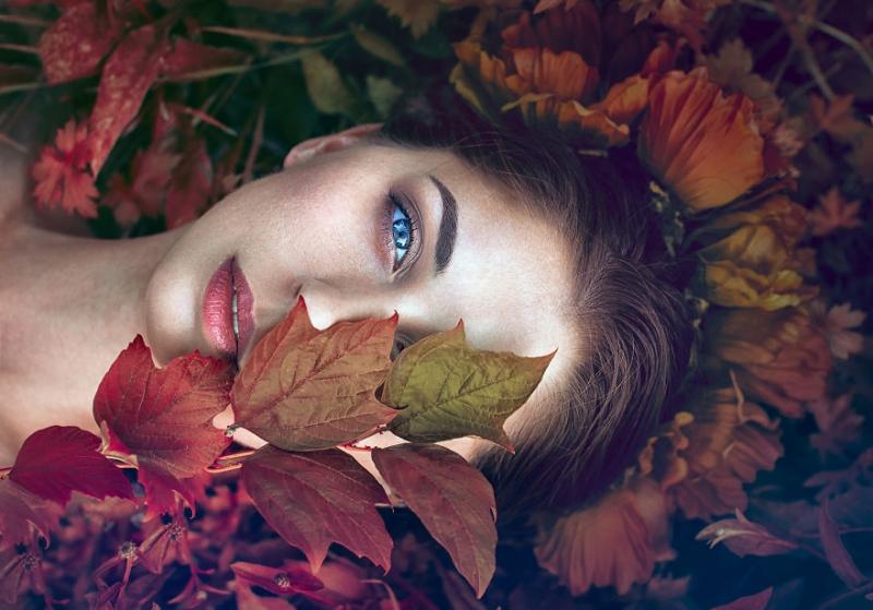 Monica Lazăr справляется с тревожностью через автопортреты |  INSPIDER | Статья | Текст #204947