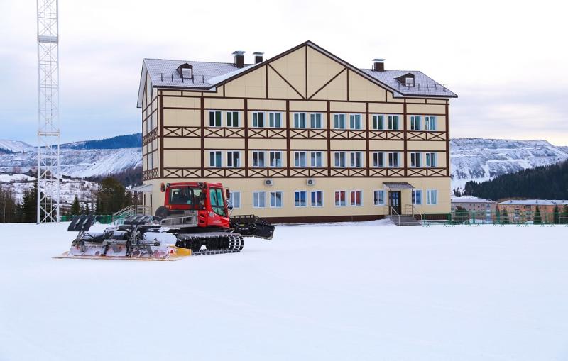 Вершина Тёи готовится принять российских лыжников в начале ноября