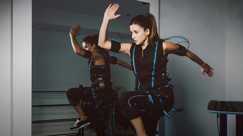 EMS-тренировки — тело с доставкой. Насколько они эффективны | Статья | Текст #213311
