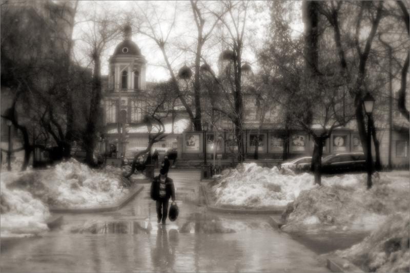 апрель московский