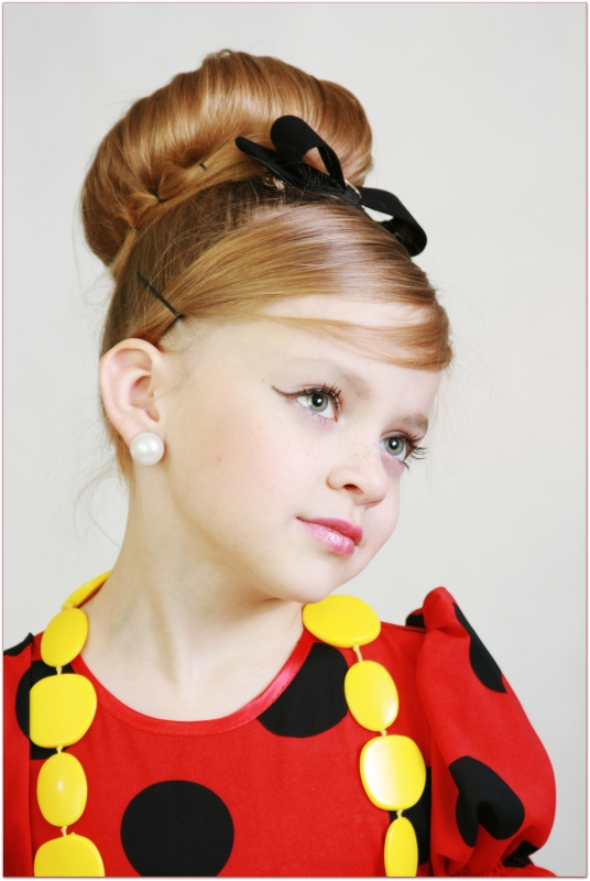 Причёска стиляги для девочки в сад